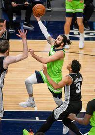 96-88.Russell lidera triunfo de Timberwolves y rompen racha de siete derrotas