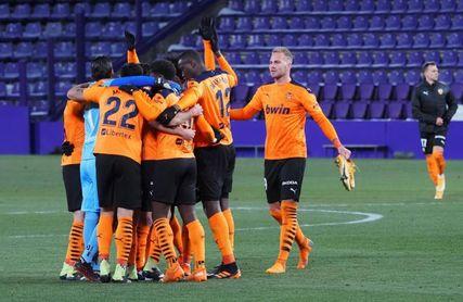 El Valencia necesita ganar a Osasuna para no cerrar su peor primera vuelta