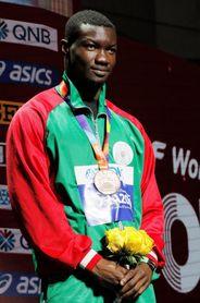 El burkinés Zango establece un nuevo récord de triple salto bajo techo
