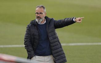 Cervera: ´El Sevilla es muy bueno porque ataca y defiende bien´.
