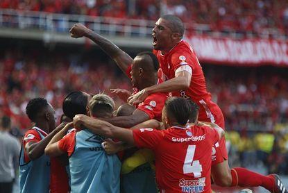 El campeón América debuta en la liga contra un renovado Águilas Doradas