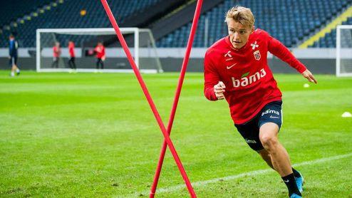 El seleccionador noruego felicita a Odegaard por su decisión