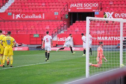 Sevilla FC 3-0 Cádiz: En-Nesyri regala al fin una tarde plácida