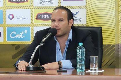 El presidente de la FEF resalta ayuda de Conmebol y FIFA para salvar el año 2020