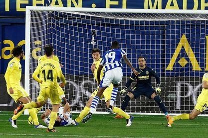 1-1. Un gol en el m.93 de Isak neutraliza el tempranero gol de Parejo