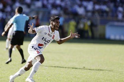 Alianza conquista el Torneo Apertura del fútbol en El Salvador, tras golear al Águila