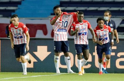 El Junior de Amaranto Perea es líder sólido del fútbol en Colombia