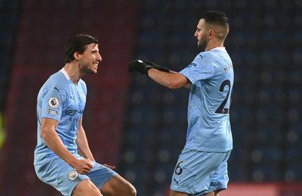 """Mahrez """"no está feliz en Manchester"""" , advierte el seleccionador argelino"""