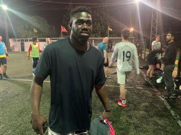 Engaño, coraje y solidaridad: una historia de migración y fútbol en Africa