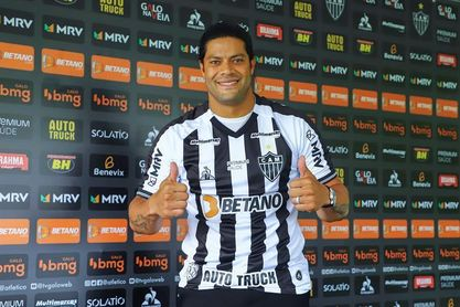 "Hulk exalta a Ronaldinho y espera ""aprender mucho"" de Sampaoli en el Mineiro"