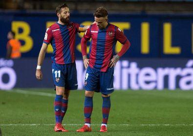 Morales y Roger no faltan en el Levante; Jorge Molina, punta del Granada