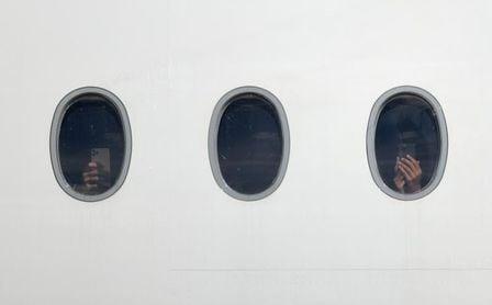 El vuelo del Bayern a Catar se retrasó y los jugadores pasan la noche en el avión