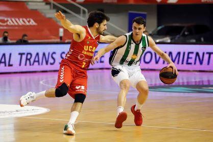 84-91. Tomic y López-Aróstegui lideran el triunfo del Joventut en Murcia