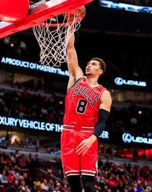 92-118. Zach LaVine tuvo su noche buena con 39 puntos y ganan los Bulls
