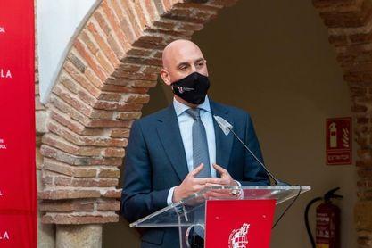 """Rubiales confía en que la Superliga """"no salga al margen de la UEFA y la FIFA"""""""