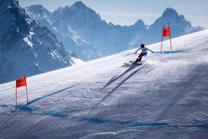 Suter confirma el dominio suizo con el oro en la prueba reina