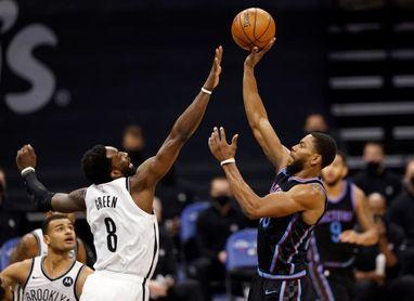 125-136. Irving y Harden brillan en ausencia de Kevin Durant