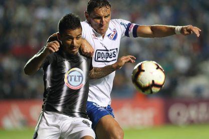 El argentino Emanuel Herrera, nombrado mejor futbolista de la liga peruana