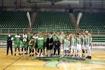 El Betis se lleva una alegría en Cáceres