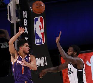 114-132. Booker lidera la victoria de Suns; Willy, titular con 13 rebotes