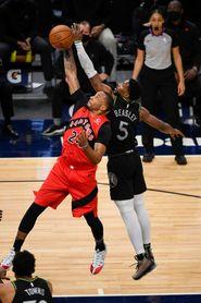 81-86: La mala defensa condena a los Wolves a la derrota frente a los Raptors