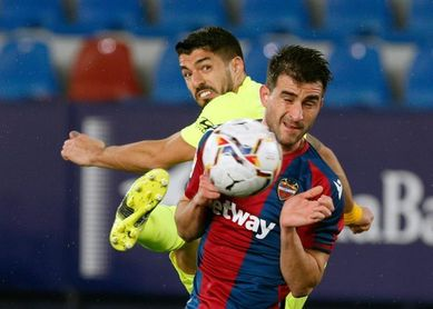 Sergio Postigo se lesiona en el calentamiento y es sustituido por Malsa