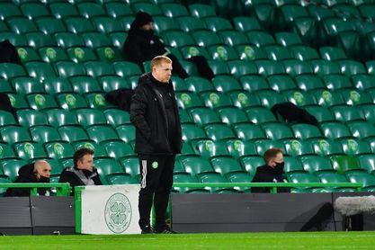 Neil Lennon dimite como técnico del Celtic