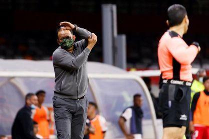 El peruano Reynoso afirma que Cruz Azul no piensa en romper récords