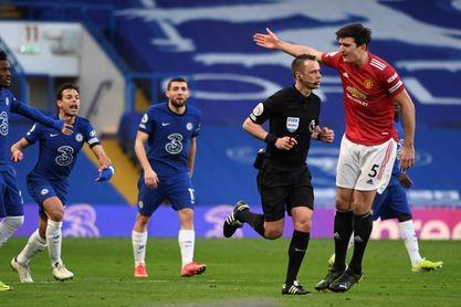 0-0. Chelsea y United se conforman con lo mínimo