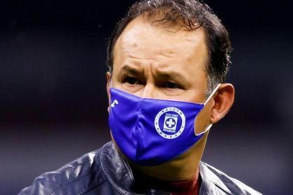 El Cruz Azul del peruano Reynoso defenderá su liderato ante el Mazatlán