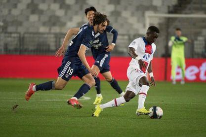 Aouar rescata al Lyon, Sarabia y Keylor sujetan al PSG y el Lille resiste