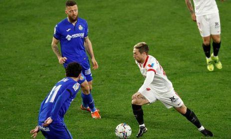 El rendimiento del Papu en el Sevilla FC no está a la altura de lo esperado, hasta el momento.