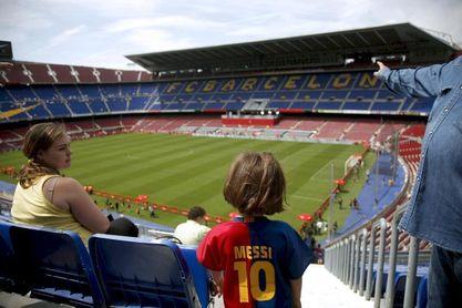 Agnelli alerta del riesgo de perder a los aficionados
