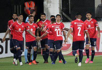 Independiente extiende su buen momento en el estreno de la Copa Argentina