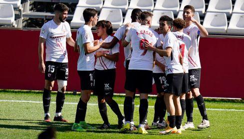 El Sevilla Atlético da un golpe en la mesa y opta a todo (0-4)
