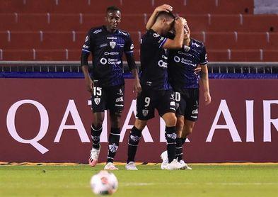 6-2. Independiente del Valle, a tercera fase de la Libertadores con triplete del paraguayo Montenegro