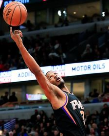 Thunder reciben a Leonard y envían al dominicano Trevor Ariza a los Heat