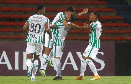 3-0. Doblete de Andrade allana la fácil clasificación de Atlético Nacional