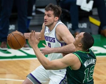 "96-107. Fox y Kings logran ""barrida"" sobre Celtics"