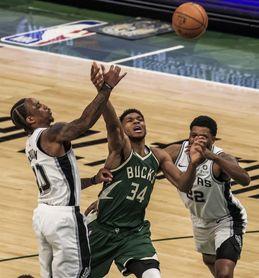 120-113. Antetokounmpo se acerca al triple-doble y los Bucks vuelven a ganar
