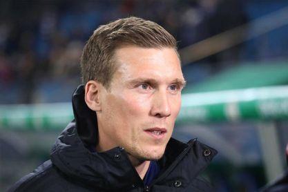Bayer Leverkusen destituye a Bosz y nombra a Wolf nuevo entrenador