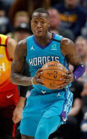 97-122. Rozier y Hornets obligan a Rockets a volver al camino de la derrota