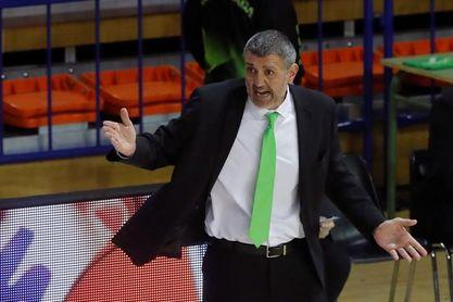 El Fuenlabrada destituye al entrenador Javier Juárez y le sustituye Raventós.