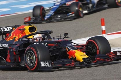Verstappen apabulla; Sainz y Alonso ilusionan