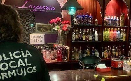 Clausuran en Sevilla una asociación de actividades sexuales por infringir las medidas anticovid.