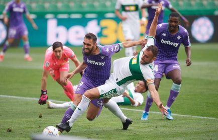 Elche 1-1 Real Betis: se le escapa el triunfo, pero el punto le deja en zona europea