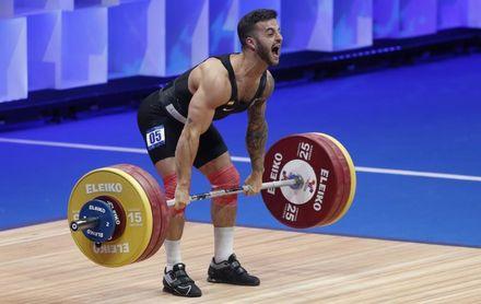 Acorán Hernández, octavo en 67 kilos tras batir dos récords de España