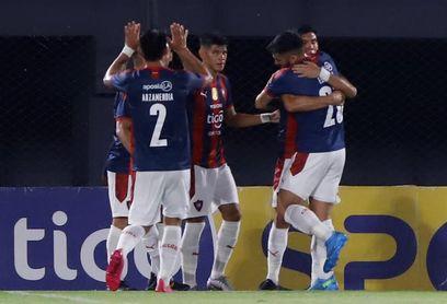 Cerro Porteño entra en el grupo de líderes y estropea el regreso de Ever Almeida