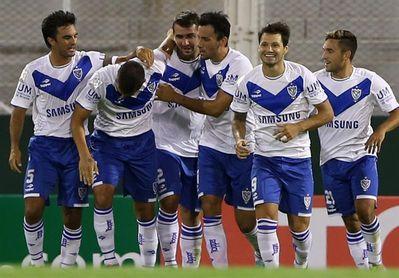 Con líderes sólidos, Boca y River se meten en la zona de clasificación del fútbol en Argentina
