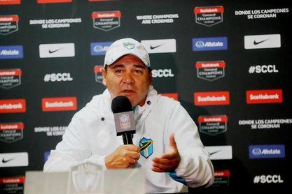 El Comunicaciones y el mexicano Herrera visitan al sublíder Santa Lucía